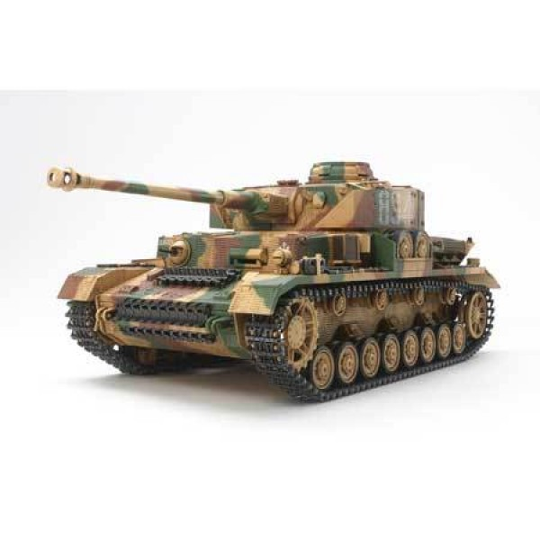 Tamiya 1/16 German Pz.Kpfw IV Ausf.J with Single M...
